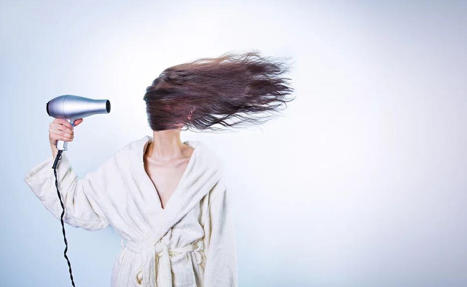 seche-cheveux femme